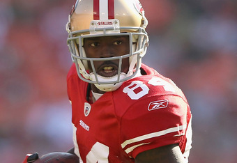 SAN FRANCISCO, CA - OCTOBER 09:  Josh Morgan #84 of the San Francisco 49ers in action against the Tampa Bay Buccaneers at Candlestick Park on October 9, 2011 in San Francisco, California.  (Photo by Ezra Shaw/Getty Images)