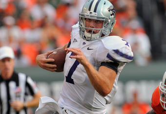 MIAMI GARDENS, FL - SEPTEMBER 24:  Quarterback Collin Klein #7  of the Kansas State University Wildcats rushes upfield against the Miami Hurricanes September 24, 2011 at Sun Life Stadium in Miami Gardens, Florida.  (Photo by Al Messerschmidt/Getty Images)