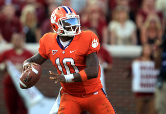 CLEMSON, SC - SEPTEMBER 24:  Tajh Boyd #10 of the Clemson Tigers against the Florida State Seminoles during their game at Memorial Stadium on September 24, 2011 in Clemson, South Carolina.  (Photo by Streeter Lecka/Getty Images)
