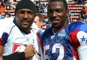 Ray Lewis and Patrick Willis at the Pro Bowl