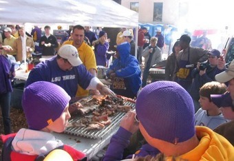 Purple, gold, and good food. Does tailgating get any better?