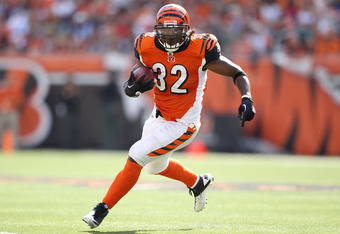 CINCINNATI, OH - OCTOBER 16:  Cedric Benson #32 of the Cincinnati Bengals runs with the ball during the NFL game against the Indianapolis Colts at Paul Brown Stadium on October 16, 2011 in Cincinnati, Ohio. The Bengals won 27-17.  (Photo by Andy Lyons/Get
