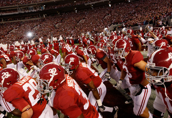 TUSCALOOSA, AL - OCTOBER 22:  The Alabama Crimson Tide enter the field to face the Tennessee Volunteers at Bryant-Denny Stadium on October 22, 2011 in Tuscaloosa, Alabama.  (Photo by Kevin C. Cox/Getty Images)