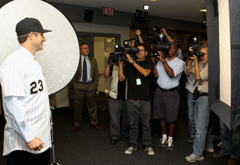 CHICAGO, IL - OCTOBER 11: Robin Ventura, the new manager of the Chicago White Sox, poses for photographs following an introductory press conference at U.S. Cellular Field on October 11, 2011 in Chicago, Illinois. (Photo by Jonathan Daniel/Getty Images)