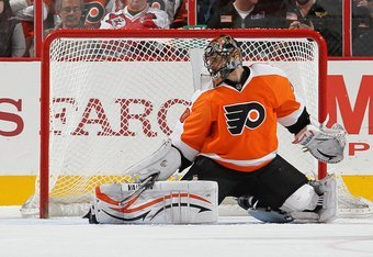 PHILADELPHIA, PA - OCTOBER 29:  Ilya Bryzgalov #30 of the Philadelphia Flyers in action against the Carolina Hurricanes on October 29, 2011 at Wells Fargo Center in Philadelphia, Pennsylvania. The Flyers defeated the Hurricanes 5-1.  (Photo by Jim McIsaac