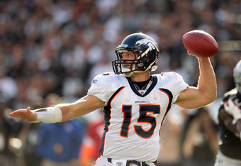 OAKLAND, CA - NOVEMBER 06:  Tim Tebow #15 of the Denver Broncos throws the ball during their game against the Oakland Raiders at O.co Coliseum on November 6, 2011 in Oakland, California.  (Photo by Ezra Shaw/Getty Images)