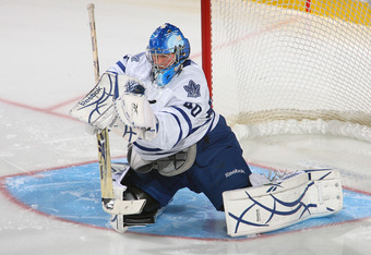 BUFFALO, NY - SEPTEMBER 25: Jussi Rynnas #40 of the Toronto Maple Leafs makes a save against the Buffalo Sabres at HSBC Arena on September 25, 2010 in Buffalo, New York.  (Photo by Rick Stewart/Getty Images)