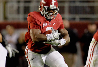 TUSCALOOSA, AL - NOVEMBER 05:  Trent Richardson #3 of the Alabama Crimson Tide runs with the ball during the first half of the game against the LSU Tigers at Bryant-Denny Stadium on November 5, 2011 in Tuscaloosa, Alabama.  (Photo by Kevin C. Cox/Getty Im