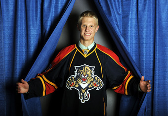 LOS ANGELES, CA - JUNE 25:  Nick Bjugstad, drafted 19th by the Florida Panthers, poses for a portrait during the 2010 NHL Entry Draft at Staples Center on June 25, 2010 in Los Angeles, California.  (Photo by Harry How/Getty Images)