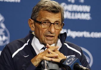 Joe Paterno's typical post-game press conference stance