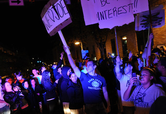 Penn State students show their support for Joe Pa.