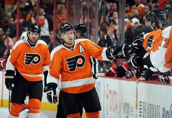 PHILADELPHIA, PA - OCTOBER 29:  Claude Giroux #28 of the Philadelphia Flyers in action against the Carolina Hurricanes on October 29, 2011 at Wells Fargo Center in Philadelphia, Pennsylvania. The Flyers defeated the Hurricanes 5-1.  (Photo by Jim McIsaac/