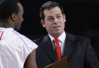 Coach Steve Masiello's Jaspers will take on No. 5 Syracuse on Monday night.