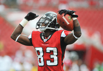 TAMPA, FL - SEPTEMBER 25:  Wide receiver Harry Douglas #83 of the Atlanta Falcons warms up prior to the game against the Tampa Bay Buccaneers September 25, 2011 at Raymond James Stadium in Tampa, Florida. (Photo by Al Messerschmidt/Getty Images)