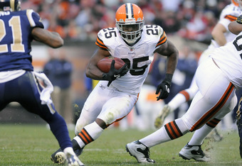 CLEVELAND, OH - NOVEMBER 13: Running back Chris Ogbonnaya #25 of the Cleveland Browns runs for a gain during the fourth quarter against the St. Louis Rams at Cleveland Browns Stadium on November 13, 2011 in Cleveland, Ohio. The Rams defeated the Browns 13