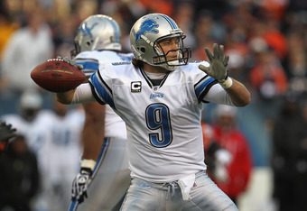 CHICAGO, IL - NOVEMBER 13: Matthew Stafford #9 of the Detroit Lions throws a pass against the Chicago Bears at Soldier Field on November 13, 2011 in Chicago, Illinois. The Bears defeated the Lions 37-13.  (Photo by Jonathan Daniel/Getty Images)