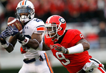 ATHENS, GA - NOVEMBER 12:  Alec Ogletree #9 of the Georgia Bulldogs breaks a up a pass intended for Onterio McCalebb #23 of the Auburn Tigers at Sanford Stadium on November 12, 2011 in Athens, Georgia.  (Photo by Kevin C. Cox/Getty Images)