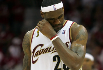 CLEVELAND - JUNE 14:  LeBron James #23 of the Cleveland Cavaliers reacts in teh final seconds of the loss in Game Four of the NBA Finals on June 14, 2007 at the Quicken Loans Arena in Cleveland, Ohio. NOTE TO USER: User expressly acknowledges and agrees t
