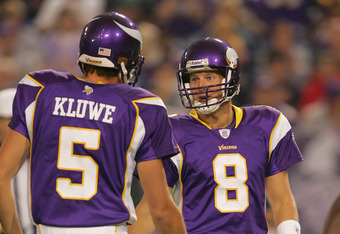MINNEAPOLIS, MN - SEPTEMBER 17:  Kicker Ryan Longwell #8 of the Minnesota Vikings talks with teammate Punter Chris Kluwe #5 during their NFL game against the Carolina Panthers on September 17, 2006 at Hubert H. Hunphrey Metrodome in Minneapolis, Minnesota