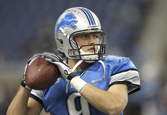 DETROIT - NOVEMBER 20:  Matthew Stafford #9 of the Detroit Lions warms up on the sides lines during the game against the Carolina Panthers at Ford Field on November 20, 2011 in Detroit, Michigan. The Lions defeated the Panthers 49-35.  (Photo by Leon Hali