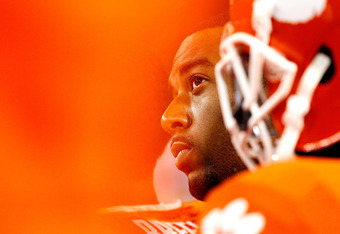 ATLANTA, GA - OCTOBER 29:  Tajh Boyd #10 of the Clemson Tigers reacts in the final seconds of their 31-17 loss to the Georgia Tech Yellow Jackets at Bobby Dodd Stadium on October 29, 2011 in Atlanta, Georgia.  (Photo by Kevin C. Cox/Getty Images)