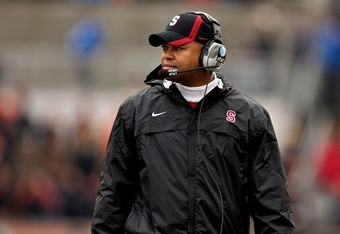 CORVALLIS, OR - NOVEMBER 05: Stanford Cardinal head coach David Shaw looks on during a game against the Oregon State Beavers on November 5, 2011 at Reser Stadium in Corvallis, Oregon.  (Photo by Craig Mitchelldyer/Getty Images)