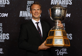 Lidstrom with his 7th Norris Trophy
