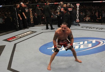 Frankie Edgar comes back to knockout Gray Maynard, retaining his title at UFC 136.