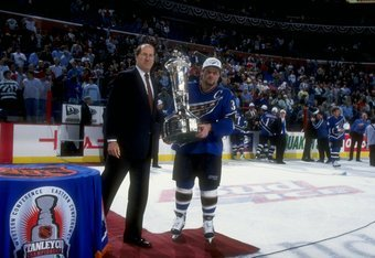 Dale Hunter returns to Washington, 13 years after captaining the franchise to their first and only Stanley Cup Finals appearance.