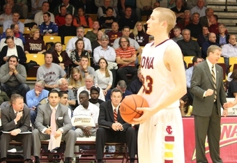 Kyle Smyth was 5 of 5 on Free Throws. (K. Kraetzer)