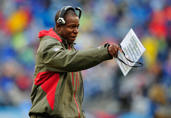 NASHVILLE, TN - NOVEMBER 27:  Coach Raheem Morris of the Tampa Bay Buccaneers calls instructions to his team during a game against the Tennessee Titans during play at LP Field on November 27, 2011 in Nashville, Tennessee.  (Photo by Grant Halverson/Getty