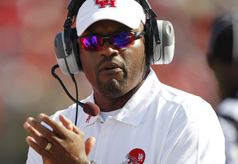 HOUSTON - OCTOBER 22:  Head coach Kevin Sumlin of the Houston Cougars  during action against the Marshall Thundering Herd at Robertson Stadium on October 22, 2011 in Houston, Texas.  (Photo by Bob Levey/Getty Images)