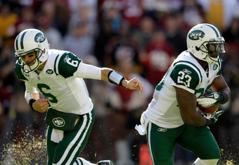 LANDOVER, MD - DECEMBER 04:  Mark Sanchez #6 of the New York Jets hands the ball off to Shonn Greene against the Washington Redskins at FedExField on December 4, 2011 in Landover, Maryland.  (Photo by Rob Carr/Getty Images)