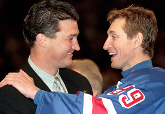 NEW YORK, NY - APRIL 18:  A close up Wayne Gretzky #99 of the New York Rangers is greeted by Mario Lemieux after playing in his final career game against the Pittsburgh Penguins at the Madison Square Garden on April 18, 1999 in New York City, New York.  G