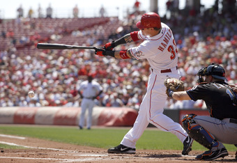 CINCINNATI - SEPTEMBER 3:  Josh Hamilton #33 of the Cincinnati Reds grounds down the third base line against the New York Mets on September 3, 2007 at Great American Ball Park in Cincinnati, Ohio.  (Photo by Thomas E. Witte/Getty Images)