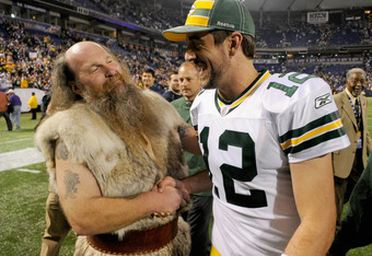 See?  Packers and Vikings can get along.