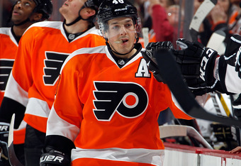 Danny Briere is one of many talented offensive Flyers.