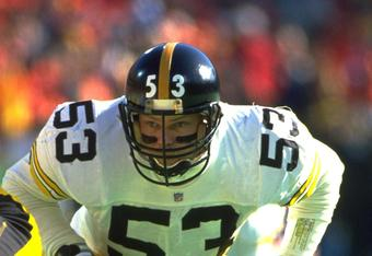 8 Jan 1994: PITTSBURGH STEELERS LINEMAN BRYAN HINKLE WAITS TO BLOCK FOR A STEELERS FILD GOAL ATTEMPT DURING THEIR 27-24 LOSS TO THE KANSAS CITY CHIEFS AT ARROWHEAD STADIUM IN KANSAS CITY, MISSOURI.