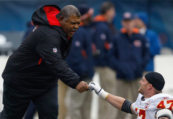 Romeo Crennel will be making his debut as the Chiefs' interim head coach on Sunday.