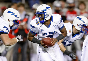 LAS VEGAS - NOVEMBER 18:  Quarterback Tim Jefferson Jr. #7 of the Air Force Falcons looks to hand the ball off during a game against the UNLV Rebels at Sam Boyd Stadium November 18, 2010 in Las Vegas, Nevada. Air Force won 35-20.  (Photo by Ethan Miller/G