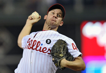 PHILADELPHIA, PA - SEPTEMBER 22: Starting pitcher Roy Oswalt #44 of the Philadelphia Phillies delivers a pitch during the game against the Washington Nationals at Citizens Bank Park on September 22, 2011 in Philadelphia, Pennsylvania. (Photo by Drew Hallo