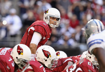 GLENDALE, AZ - DECEMBER 04:  Quarterback Kevin Kolb #4 of the Arizona Cardinals during the NFL game against the Dallas Cowboys at the University of Phoenix Stadium on December 4, 2011 in Glendale, Arizona.  The Cardinals defeated the Cowboys 19-13 in over