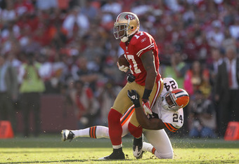 SAN FRANCISCO, CA - OCTOBER 30:   Braylon Edwards #17 of the San Francisco 49ers is tackle by  Sheldon Brown #24 of the Cleveland Browns at Candlestick Park on October 30, 2011 in San Francisco, California.  (Photo by Ezra Shaw/Getty Images)