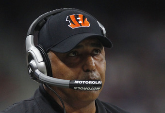 ST. LOUIS, MISSOURI - DECEMBER 18:  Cincinnati Bengals head coach Marvin Lewis stands on the sidelines in the first half of the game against the St. Louis Rams on December 18, 2011 at the Edward Jones Dome in St. Louis, Missouri. (Photo by Whitney Curtis/