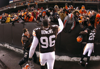 David Bowens celebrates with Browns fans after victory