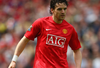 MANCHESTER, UNITED KINGDOM - MAY 03:  Owen Hargreaves of Manchester United in action during the Barclays Premier League match between Manchester United and West Ham United at Old Trafford on May 3, 2008 in Manchester, England.  (Photo by Clive Mason/Getty