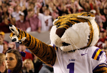 TUSCALOOSA, AL - NOVEMBER 05:  Mike the Tiger, LSU Tigers mascot, against the Alabama Crimson Tide at Bryant-Denny Stadium on November 5, 2011 in Tuscaloosa, Alabama.  (Photo by Kevin C. Cox/Getty Images)