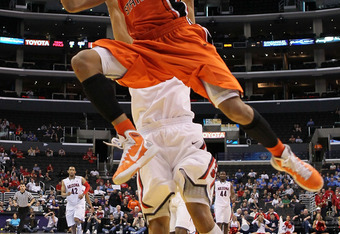 LOS ANGELES, CA - MARCH 10:  Jared Cunningham #1 of the Oregon State Beavers goes up for a shot in the lane against the Arizona Wildcats in the second half in the quarterfinals of the 2011 Pacific Life Pac-10 Men's Basketball Tournament at Staples Center