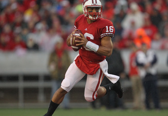 MADISON, WI - NOVEMBER 26: Russell Wilson #16 of the Wisconsin Badgers looks for a receiver against the Penn State Nittany Lions at Camp Randall Stadium on November 26, 2011 in Madison, Wisconsin. Wisconsin defeated Penn State 45-7.(Photo by Jonathan Dani
