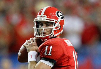 ATLANTA, GA - DECEMBER 03:  Aaron Murray #11 of the Georgia Bulldogs against the LSU Tigers during the 2011 SEC Championship Game at Georgia Dome on December 3, 2011 in Atlanta, Georgia.  (Photo by Kevin C. Cox/Getty Images)